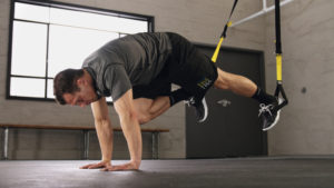 workout on suspension cables